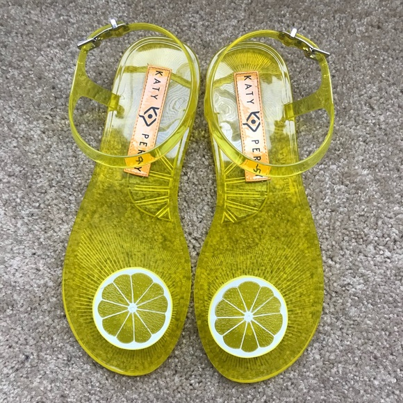 7f04ccff9787 LAST 1 SALE🔥🆕 Katy Perry Lemon 🍋 Jelly Sandals